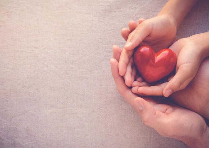 תרומה לנזקקים- לא רק באמצעות כסף